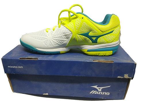נעלי טניס חברת mizuno