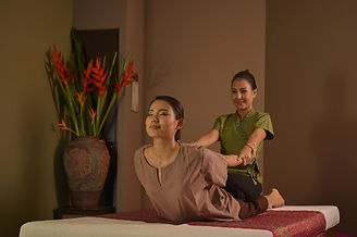 traditional-thai-massage[1].jpg