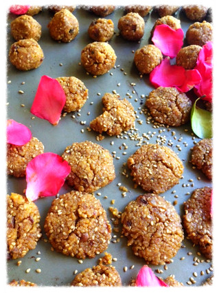 Baked Millet and Quinoa Ball