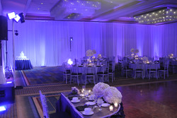 Full room violet uplighting