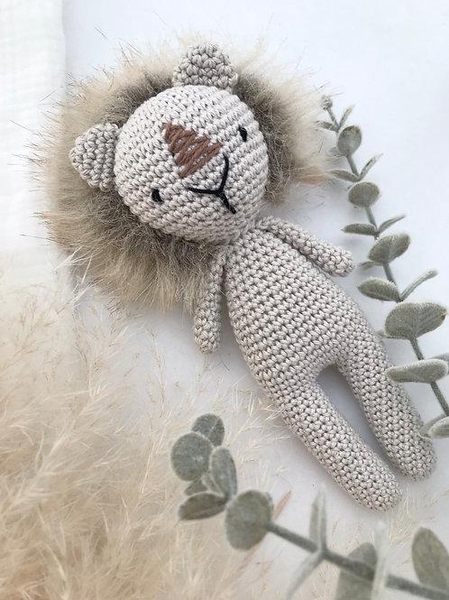 Poupée lion beige