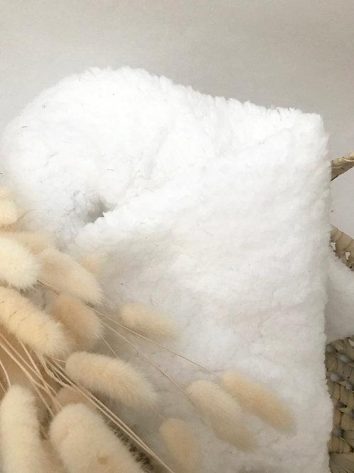 Carrée de tissu moumoute