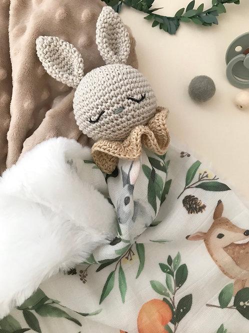 Doudou lapin d'hiver