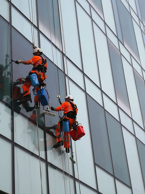 rope+access+window+cleaning+vertex+acces