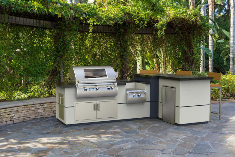 FM_Lifestyle_E790i-Grill-with-Power-Burn