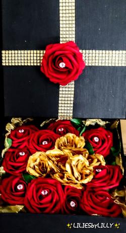 RED ROSE DIAMOND BOX