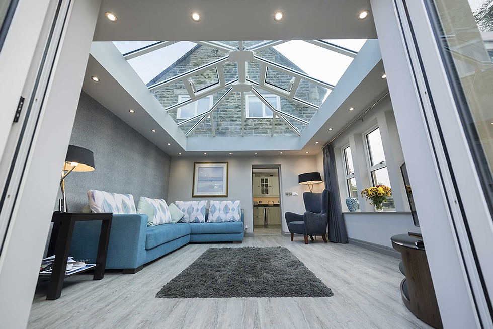 Furnished conservatory with lantern roof