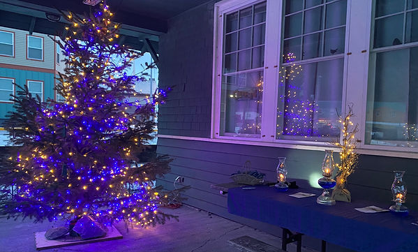 blue christmas tree 2020.jpg