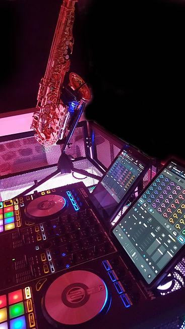 DJ saxophoniste VAR PACA St Tropez Saint