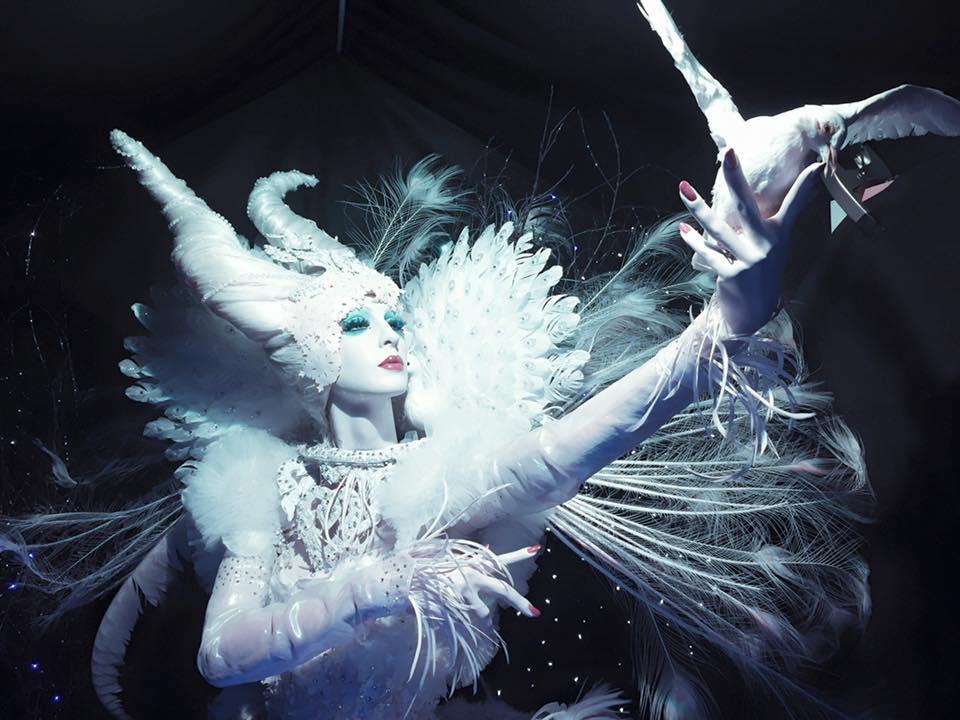 White Queen Close-up.jpg