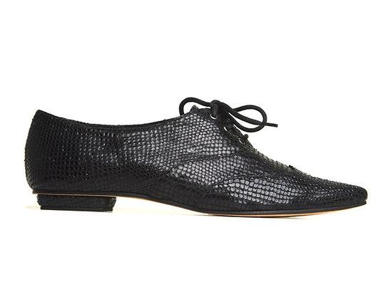 Sapato Oxford Bico Fino Cobra Preta
