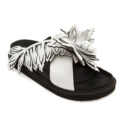 Sandália GR Flores Branca