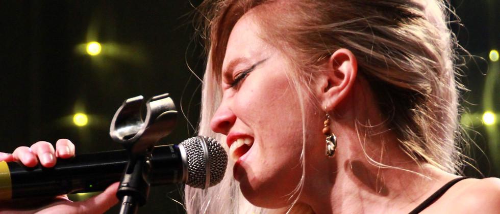 Sarah Hakes