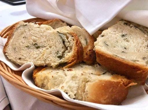 Domaći kruh Homemade bread