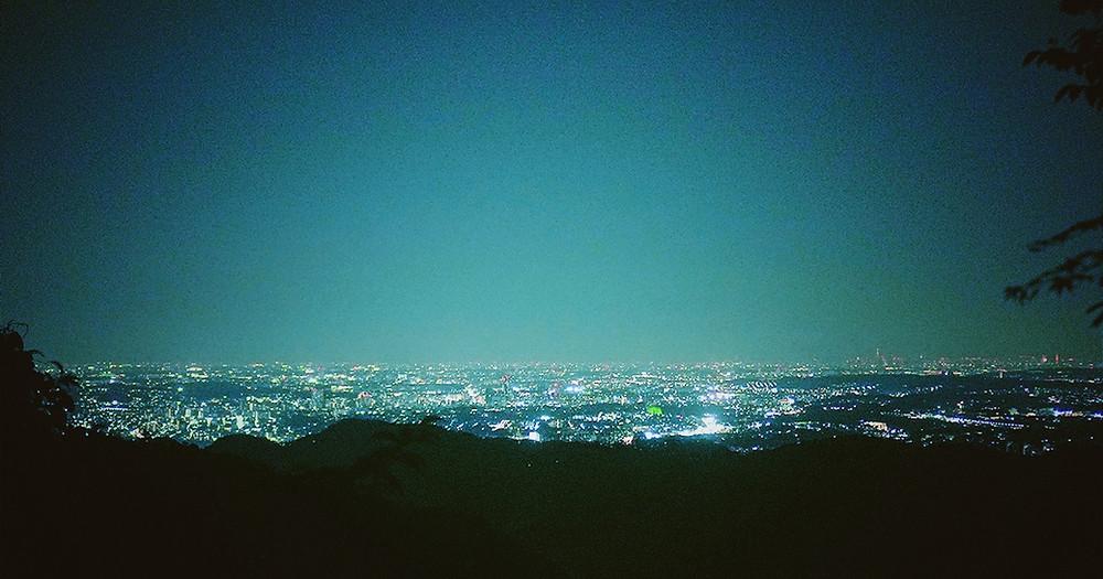 earth trekking 高尾山の夜景が美しいナイトハイク