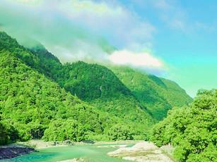 有名な観光地「上高地」で、earth trekking流の山歩きを案内してきました!