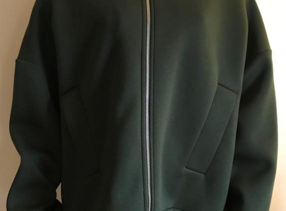 cos-bottle-green-jacket