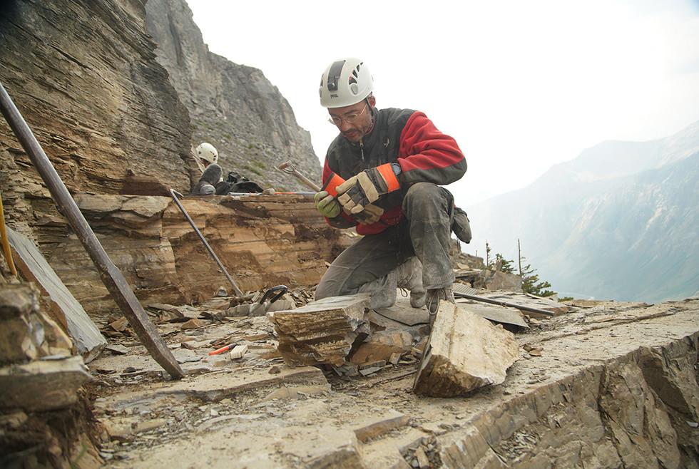 Splitting shale