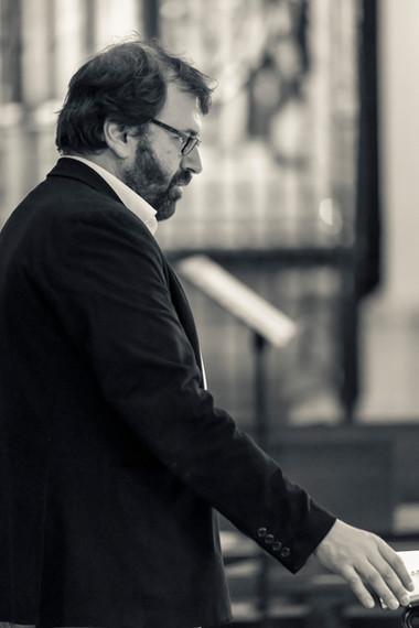 Enrique López-Cortón 1