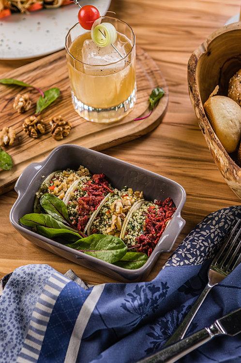 Табуле из кускуса с овощами, грецким орехом и свекольным луком