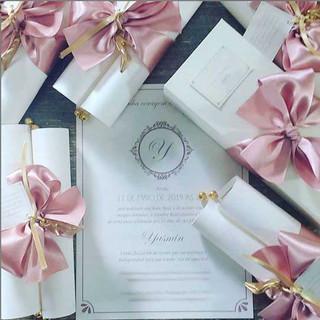 Convite Debutante Pergaminho Rosa