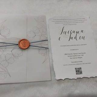 Convite de Casamento com borda irregular e QR Code