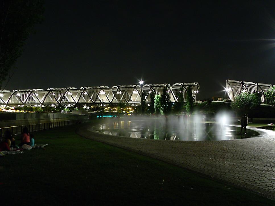 Puente en el rio Manzanares.JPG