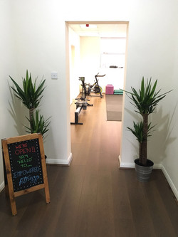 Personal trainer lobby