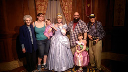 Meeting Mickey ((Erin _ Ann Marie Chappell_ and Kris _ Mike Daly Sr (2)
