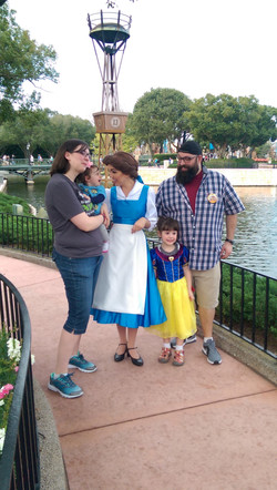 Meeting Mickey ((Erin _ Ann Marie Chappell_ and Kris _ Mike Daly Sr (1)