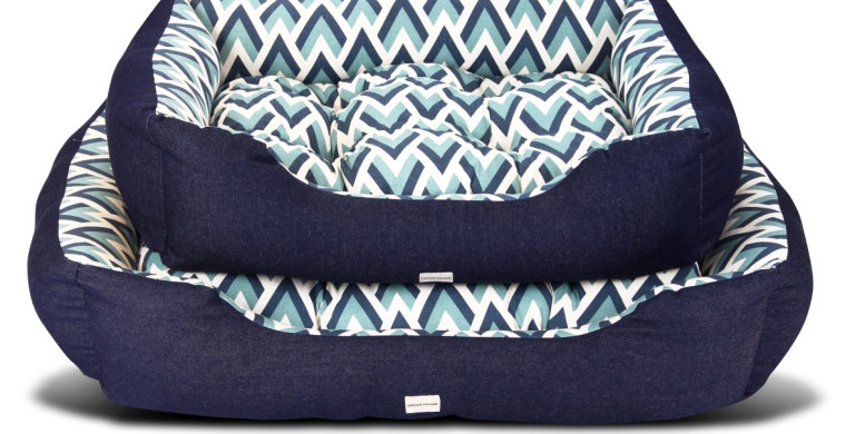 Bolster bed blue chevron design