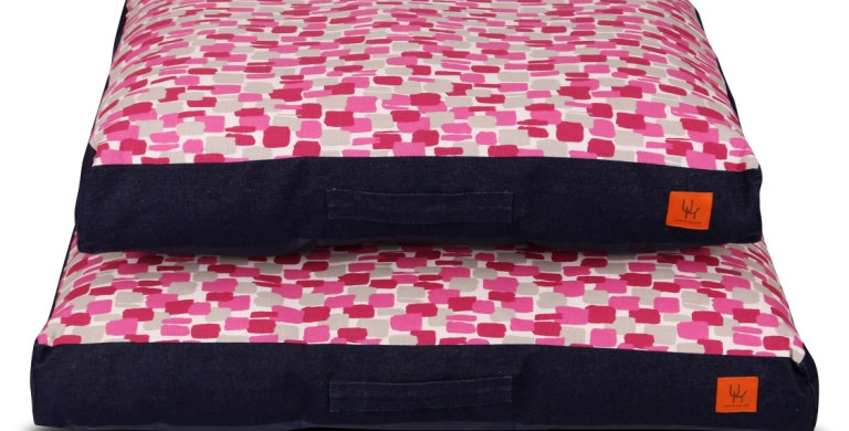 Mattress bed hot pink design