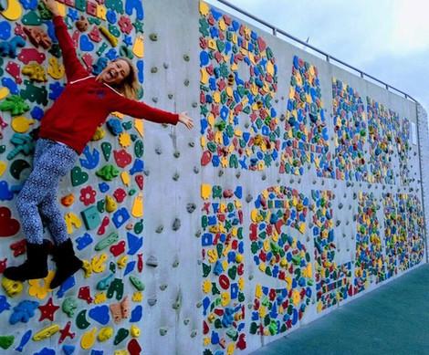 Beach climbing wall