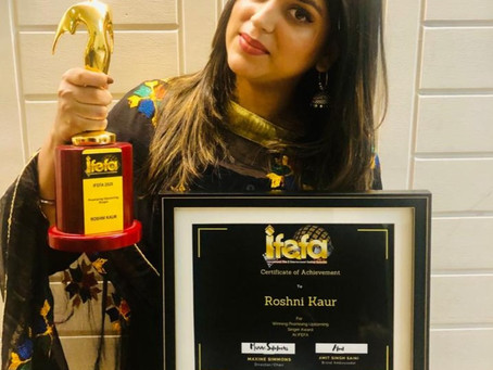 IFEFA Awards Australia 2020: Roshni Kaur brings home most promising upcoming singer award