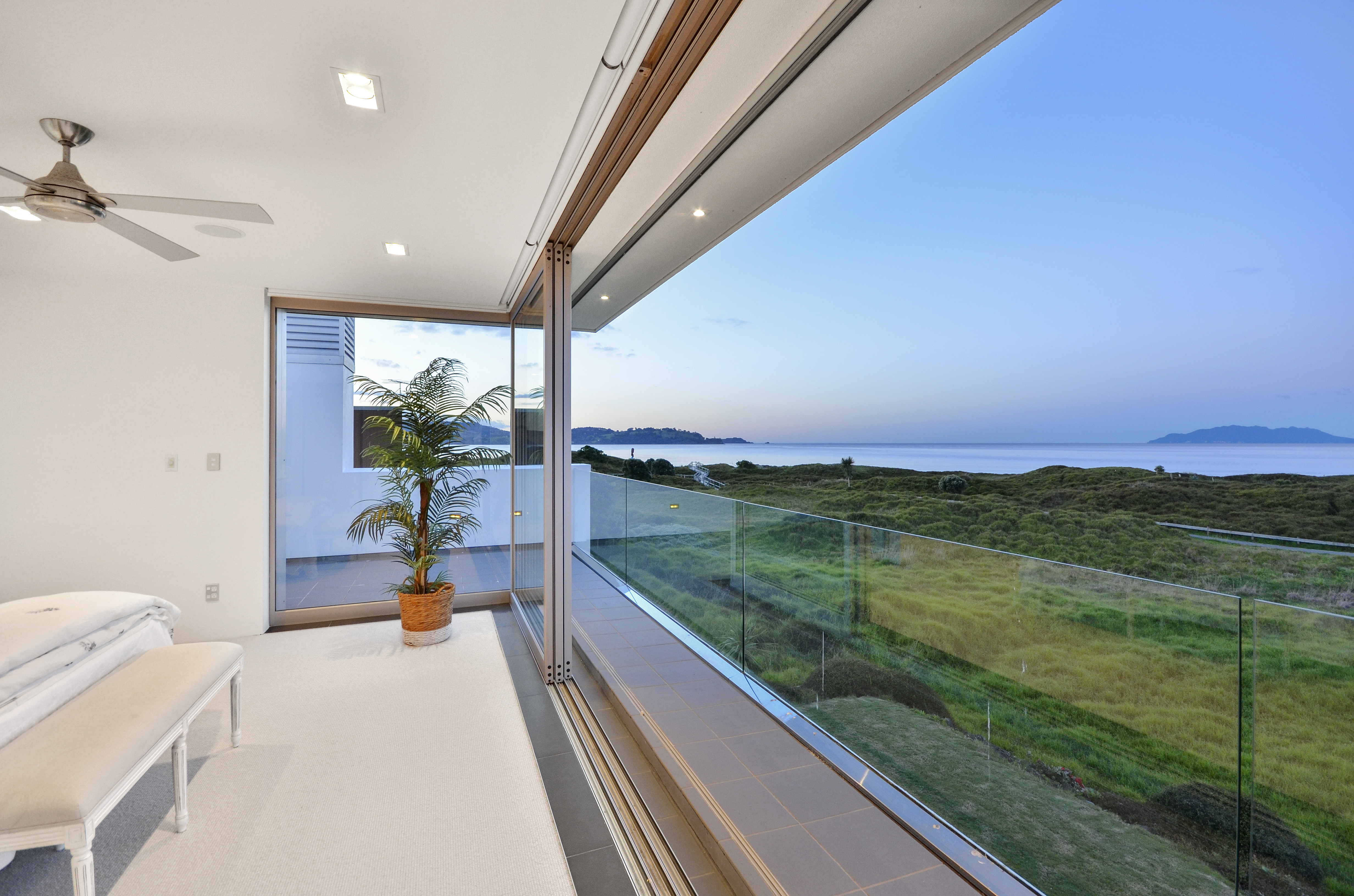 092_Open2view_ID398717-Paua_Place_8