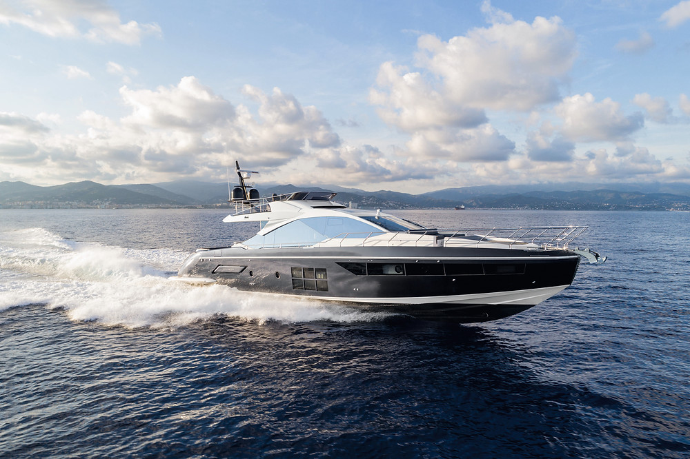 The new Azimut S7.