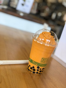 Thai tea ice-blended boba