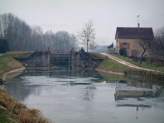 canal-bourgogne-4567_w600.jpg