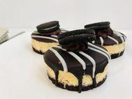 Cookies & Cream Individual Cheesecakes 6 Pack
