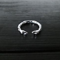 Scarab paws ring