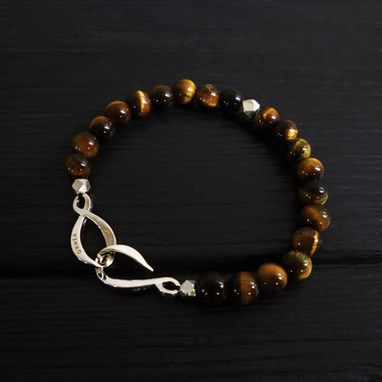 "Tiger eye bracelet and ""Infinite"" clasp in sterling silver"