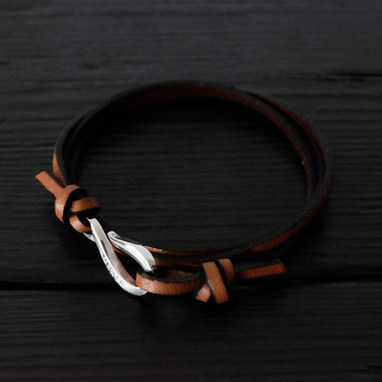 """Brown leather bracelet and """"hook"""" Orner clasp in sterling silver"""