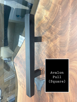 Avalon Pull (Black)