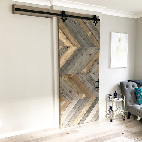 Lowers design with reclaimed wood
