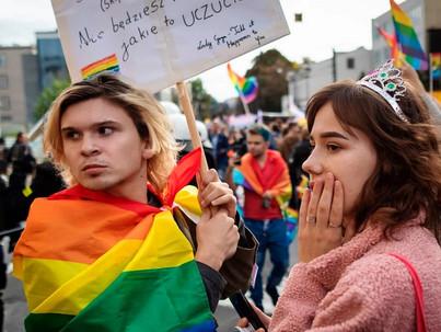 Mi a lecke a magyar LMBT-embereknek a lengyel homofóbiából?