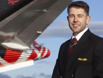 A HIV-pozitív pilóta, aki miatt megváltoztak a szabályok