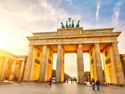 """""""Deutsche Integrations Kurs"""" – Czakó Péter berlini életképek"""
