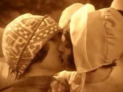 Az első leszbikus csókok filmvásznon