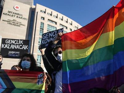 Törökország: melegek nincsenek, a diákok meg terroristák