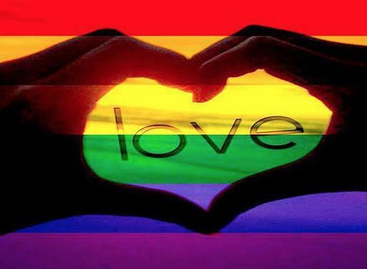 Leszbikus, transz és biszexuális első szerelem